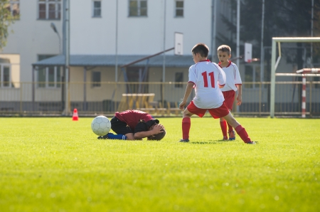 common sports injuries in footballers